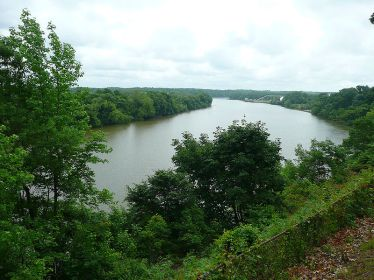 Drewery's Bluff on the James River, 2009, -from Wikipedia Commons Photographs