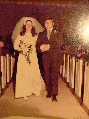 Max marries Helen S. Youngblood in Dec. 1971