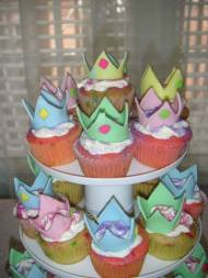 Cakes, princess crown cupcakes by Annie