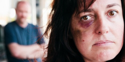domestic.violence.battered.woman500x250, americansendingabuse.org