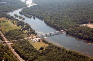 Huguenot Bridge spanning the James River, Richmond, Virginia, google earth