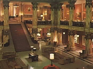 The Grand Staircase and lobby at the Jefferson Hotel in Richmond, Virginia, from richmondthenandnow.com