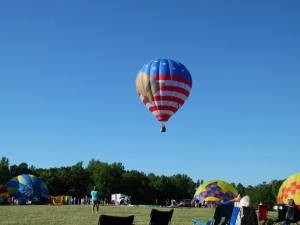 Balloon fest 2015, flag balloon in flight